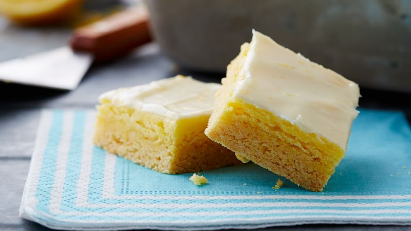 Pumpkin Cake Bars With Cream Cheese