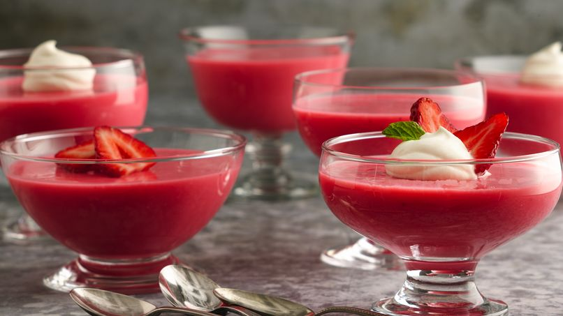 Latin Strawberry Yogurt Dessert