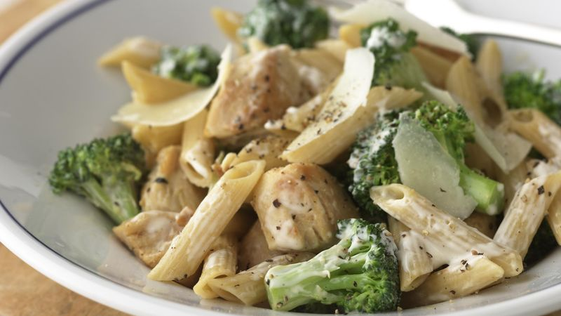 Skinny Chicken and Broccoli-Parmesan Pasta