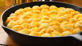Cheesy Jalapeño Popper Monkey Bread