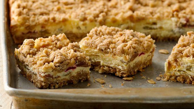Rhubarb Cheesecake Bars