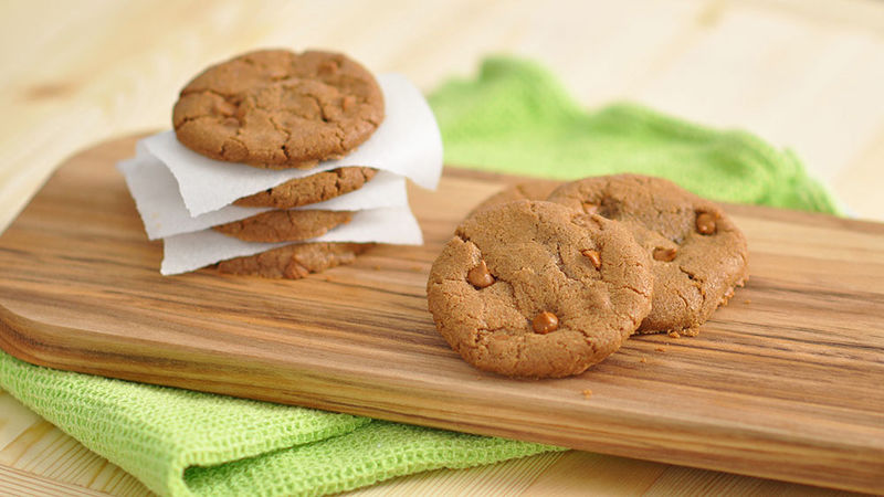 Easy Cookie Butter-Cinnamon Chip Cookies