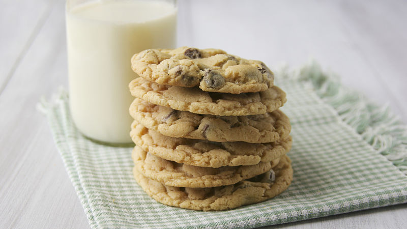 Bisquick® Chocolate Chip Cookies
