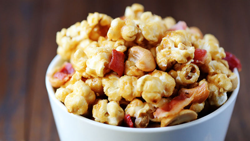 Bacon Cashew Caramel Corn