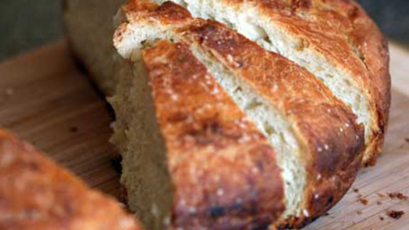 Easy Buttermilk Pot Bread