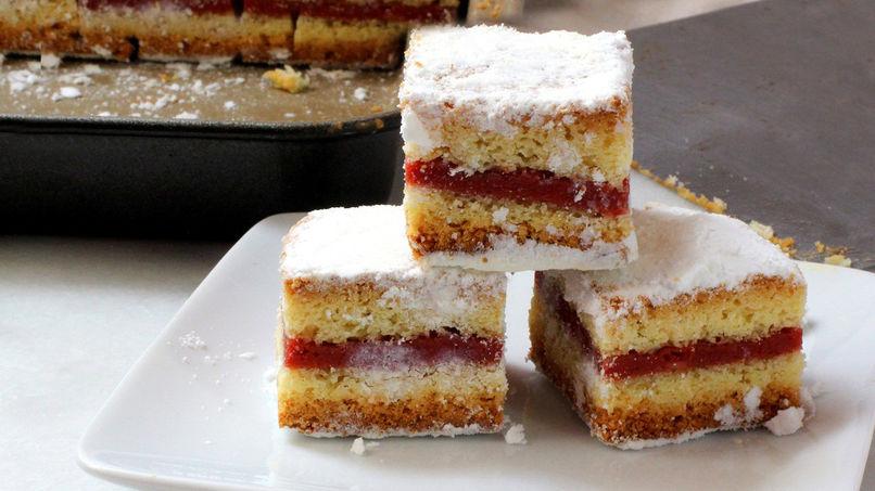 Traditional Panetela (Cake)