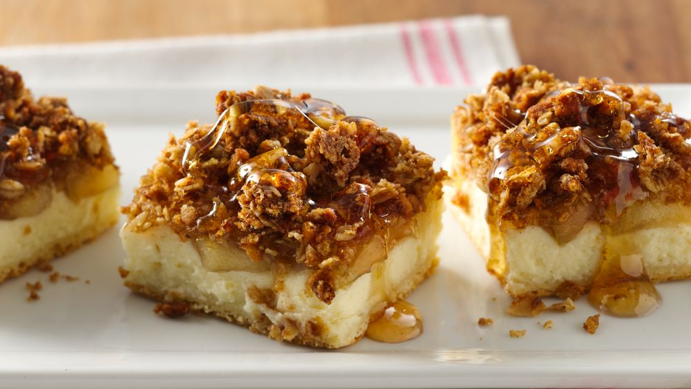 Apple Cream Cheese Crunch Bars Recipe From Pillsbury Com