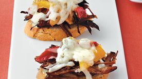 Cheesesteak Crostini