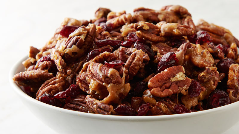 Candied Pecans and Cranberries Snack Mix