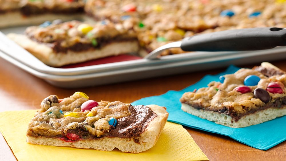 Cookies and Candy-Topped Pizza recipe from Pillsbury.com