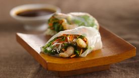 Gluten-Free Shrimp Summer Rolls with Dipping Sauce