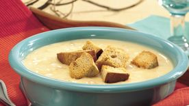 Slow-Cooker Beer and Cheese Potato Chowder
