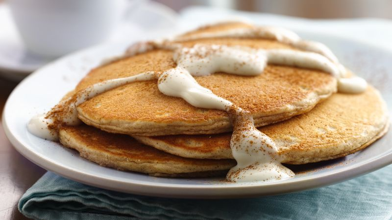 Snickerdoodle Pancakes with Warm Vanilla Sauce