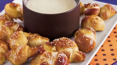 Twisted Pretzel Bites