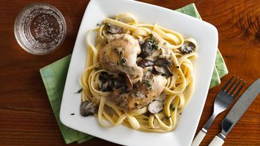 Slow-Cooker Creamy Chicken Marsala
