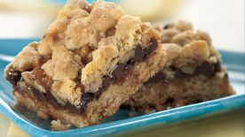 Chocolate and Caramel Oatmeal Bars