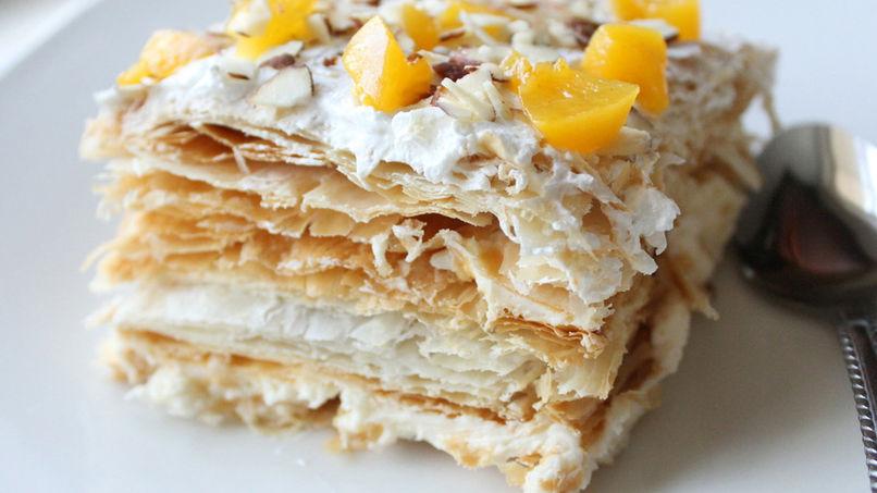 Torta Milhojas de Durazno y Almendras