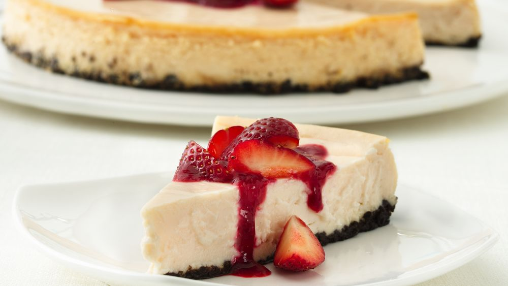 Strawberry Cheesecake with Double-Berry Sauce