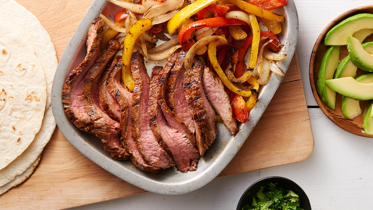 Garlic-Lime Flank Steak Fajitas