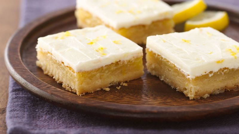 Grandma's Frosted Lemon Bars