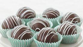 Triple-Chocolate Fudge Cake Truffles
