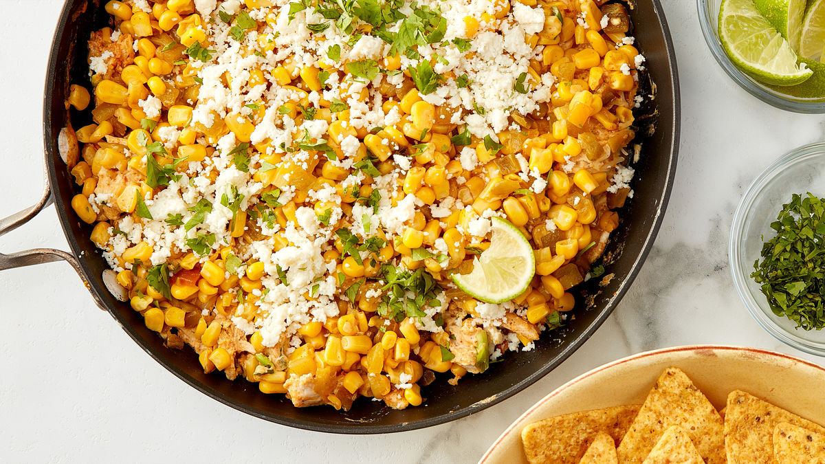 Cheesy Chicken Elote Dip