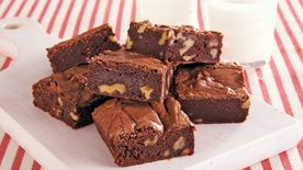 Amaretto Walnut Brownies