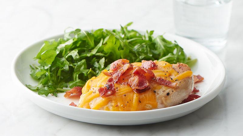Poitrines de poulet cheddar-bacon à 3 ingrédients