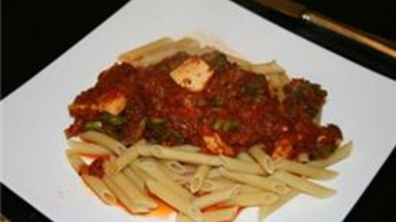 Pasta with Chicken and Broccoli Ragu