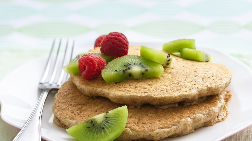 Oatmeal Pancakes with Mixed Berry Topping