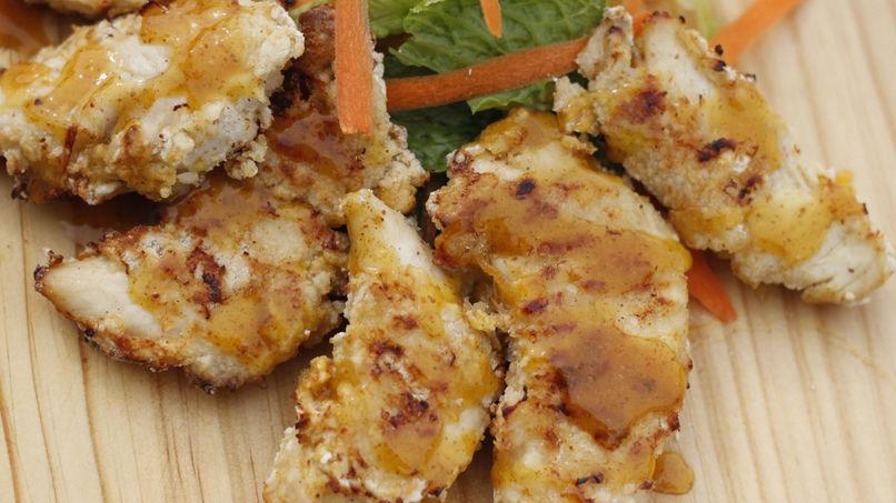 Pollo Empanizado con Mostaza y Albaricoques
