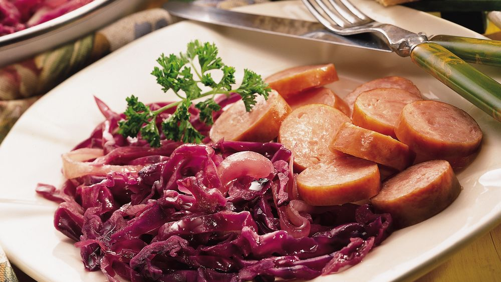 Kielbasa with Sweet and Sour Cabbage