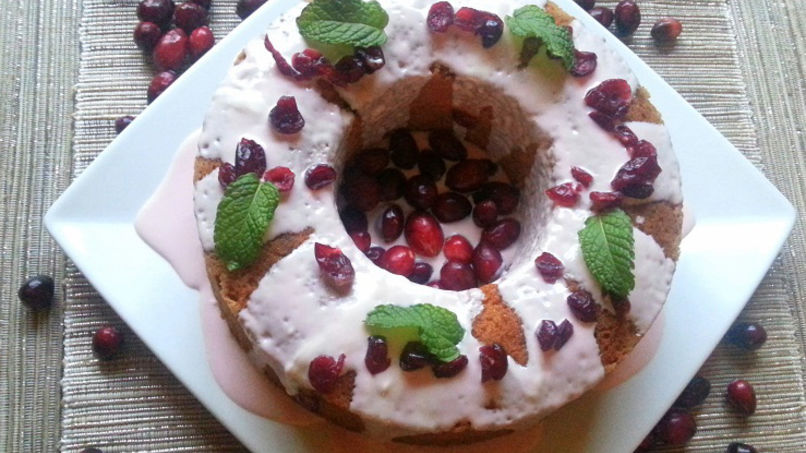 Cranberry Cake with Walnuts