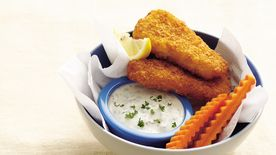 Fish Fillets with Garlic Sauce