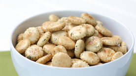 Cocktail Crackers
