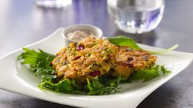 Tilapia-Crab Cakes with Roasted Pepper Aioli