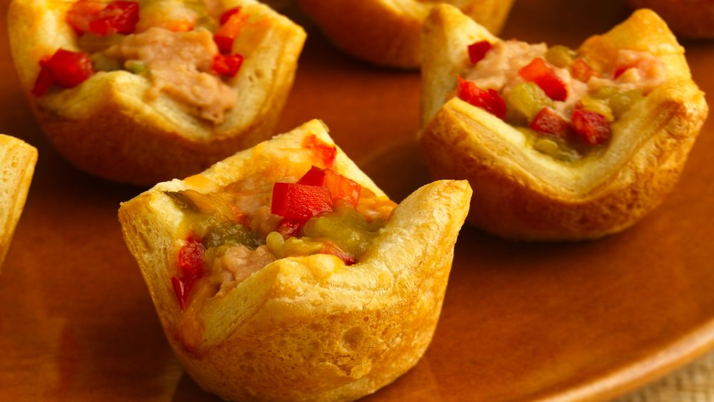 Crescent Nacho Mini Cups