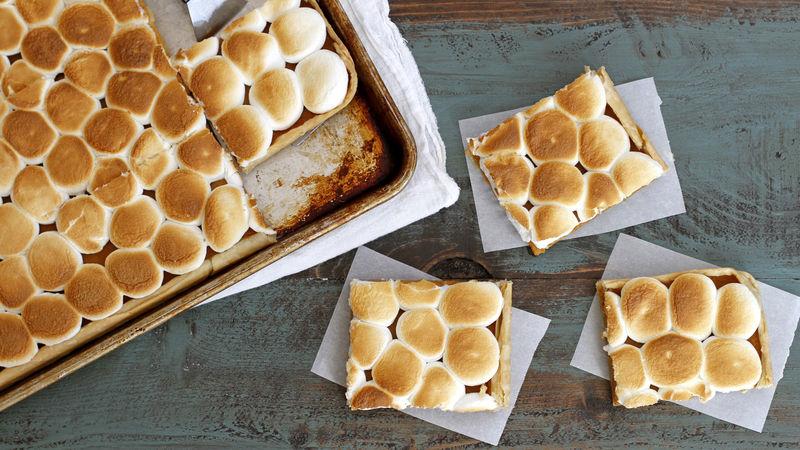 Marshmallow Brown Butter Pumpkin Slab Pie Recipe