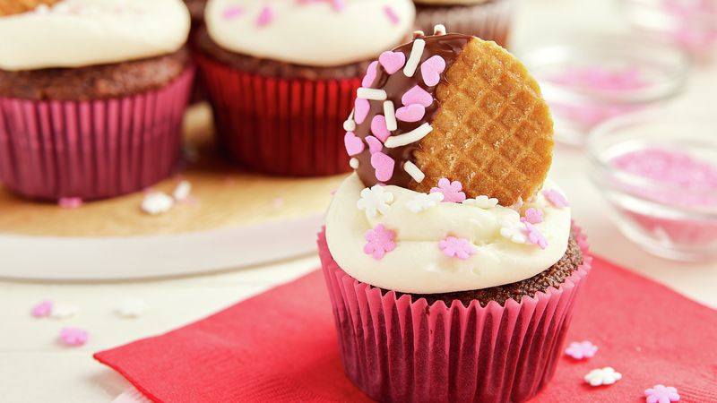 Chocolate-Covered Valentine's Day Stroopwafel Cupcakes