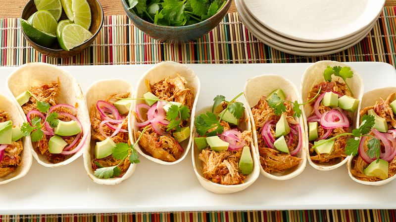 SlowCooker Creamy Chicken and Green Chile Tacos Recipe