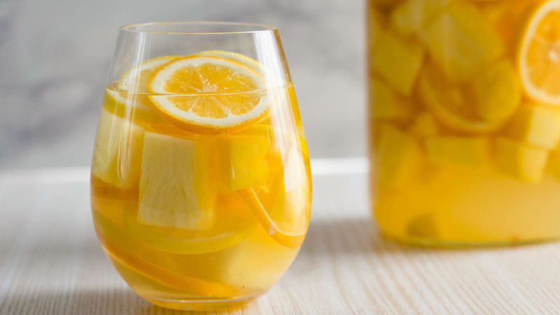White Sangria Lemonade