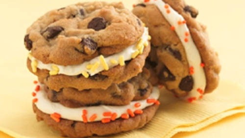 Frosting Filled Cookie Sandwiches