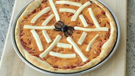 Unscary Spiderweb Pizza