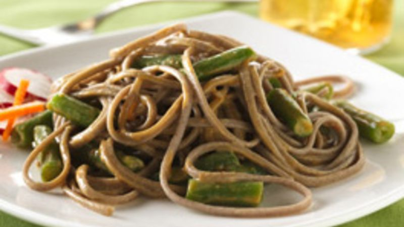 Spicy Soba Noodles and Green Beans
