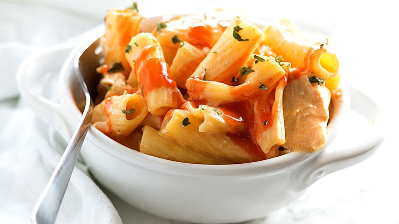 Slow-Cooker Buffalo Chicken Rigatoni