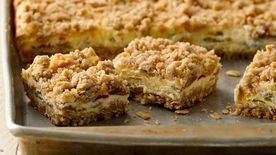 Rhubarb Cheesecake Bars