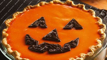 Jack-o'-Lantern Orange-Pumpkin Pie