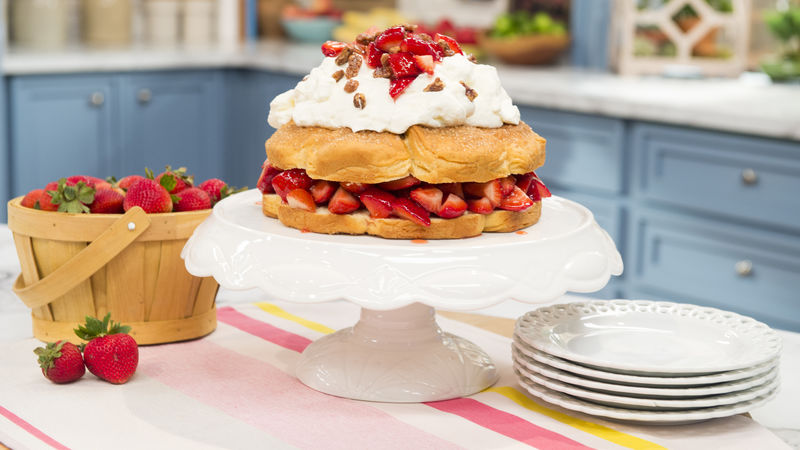 Strawberry Biscuit Cake