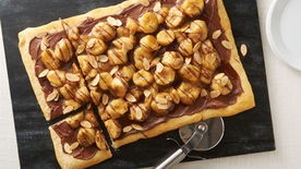 Caramelized Banana Nutella™ Pizza