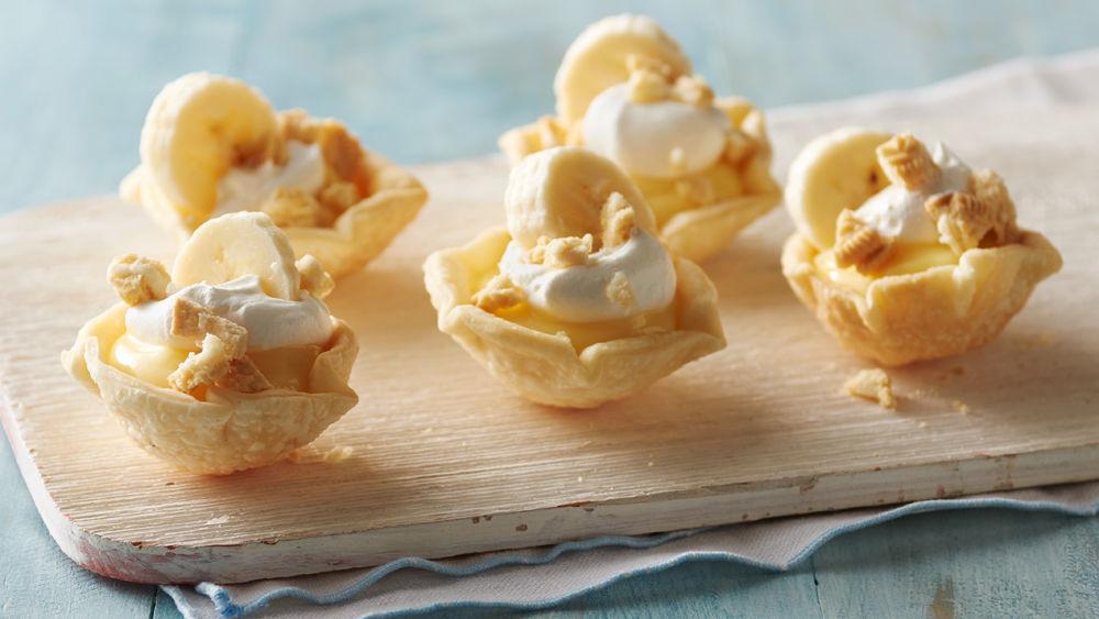 Oreo™ Crumble Banana Pudding Pies